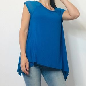 NWT Vince Camuto blue top